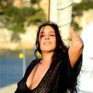 salma_de_nora_hans_monheim_wear_black_16.jpg