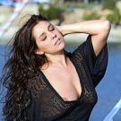 salma_de_nora_hans_monheim_wear_black_8.jpg